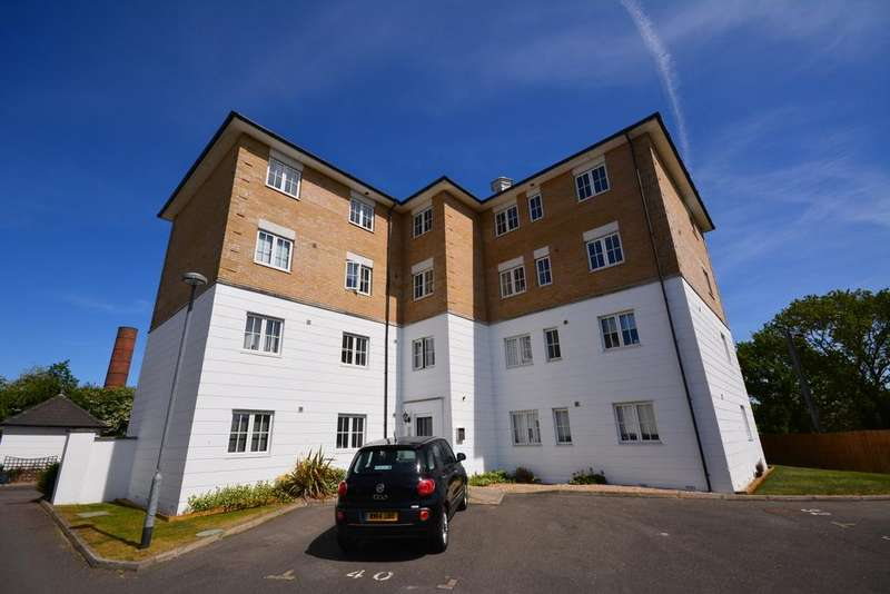2 Bedrooms Apartment Flat for sale in The Yard, Braintree, CM7