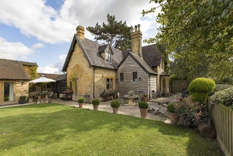 4 Bedrooms Detached House for sale in Blockley, Moreton In Marsh, GL56
