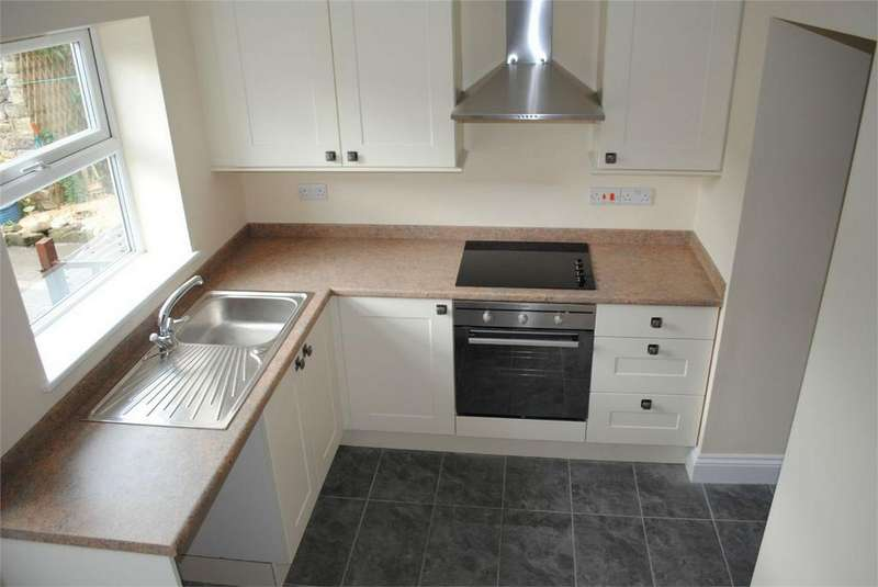 2 Bedrooms Cottage House for rent in Angate Street, Wolsingham, Bishop Auckland, County Durham