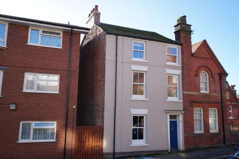 3 Bedrooms Semi Detached House for sale in Longwestgate