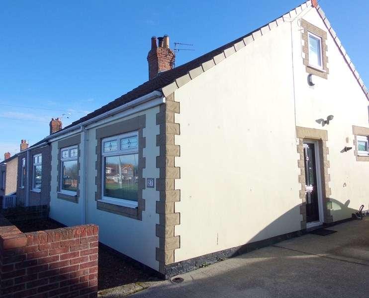 3 Bedrooms Bungalow for sale in Stead Lane, Bedlington, Northumberland, NE22 5LX
