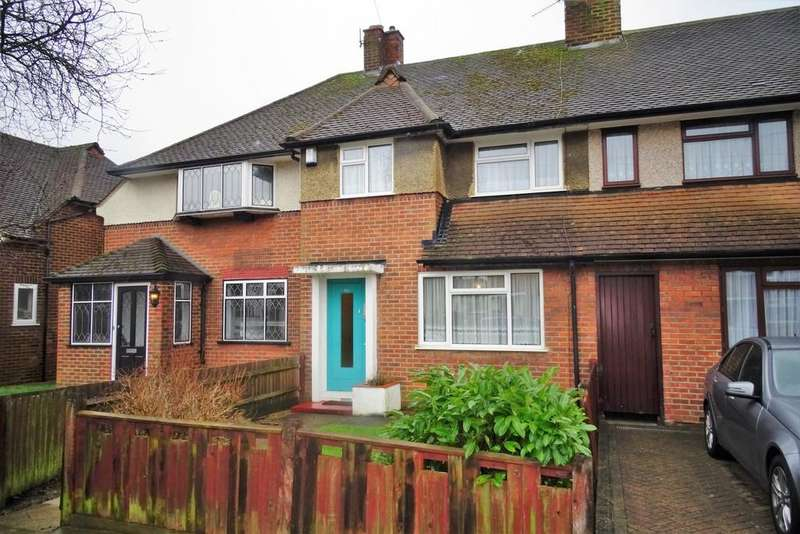 2 Bedrooms House for sale in Queens Walk, Ashford, TW15