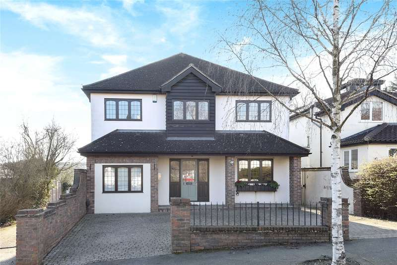 4 Bedrooms Detached House for sale in Luctons Avenue, Buckhurst Hill, Essex, IG9