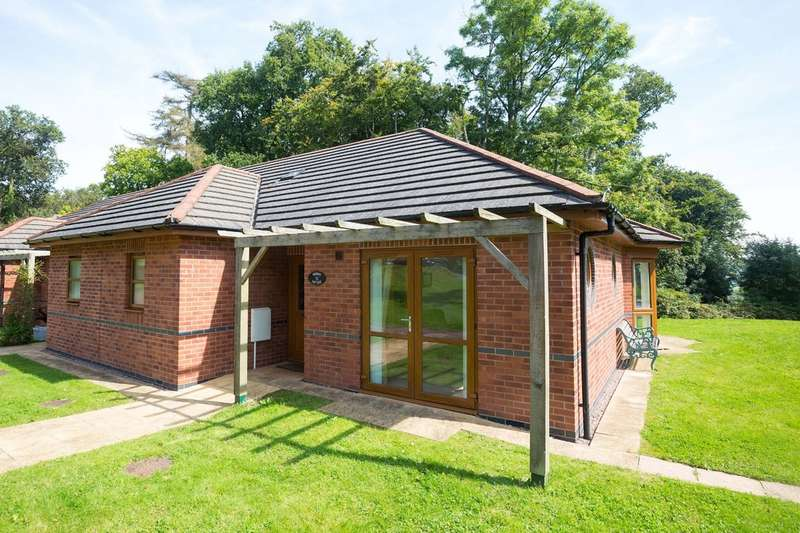 1 Bedroom Property for sale in Gittisham Hill Park, Honiton EX14