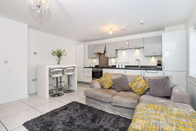 2 Bedrooms Ground Flat for sale in Trem Elai, Penarth