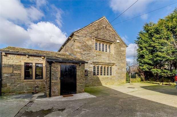 4 Bedrooms Detached House for sale in Rossendale Avenue, Burnley, Lancashire