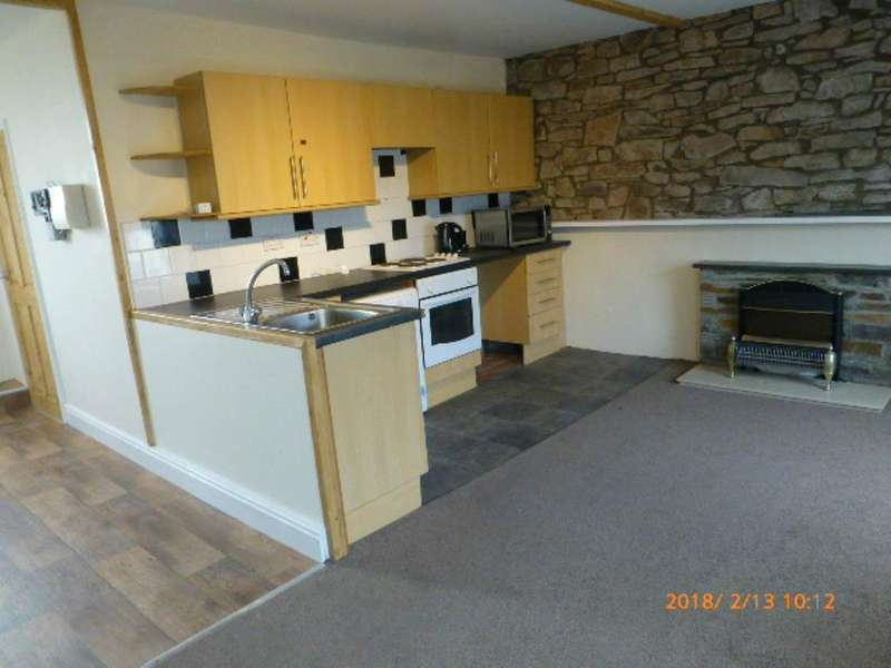 2 Bedrooms Flat for rent in Tavernspite, Whitland, Carms