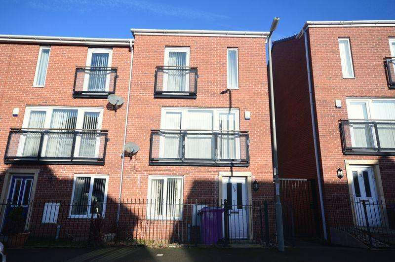 3 Bedrooms Town House for sale in Hansby Drive, Hunts Cross