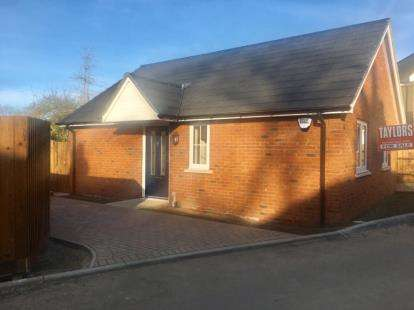 1 Bedroom Bungalow for sale in High Street, Flitwick, Bedford, Bedfordshire
