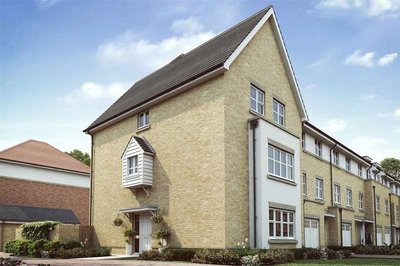 4 Bedrooms Detached House for sale in Aylsham Drive, Ickenham, Uxbridge, Middlesex, UB10