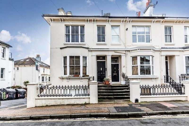 2 Bedrooms Flat for sale in Prestonville Road Brighton East Sussex BN1