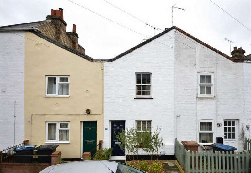 2 Bedrooms Terraced House for sale in Wharf Road, BISHOP'S STORTFORD, Hertfordshire