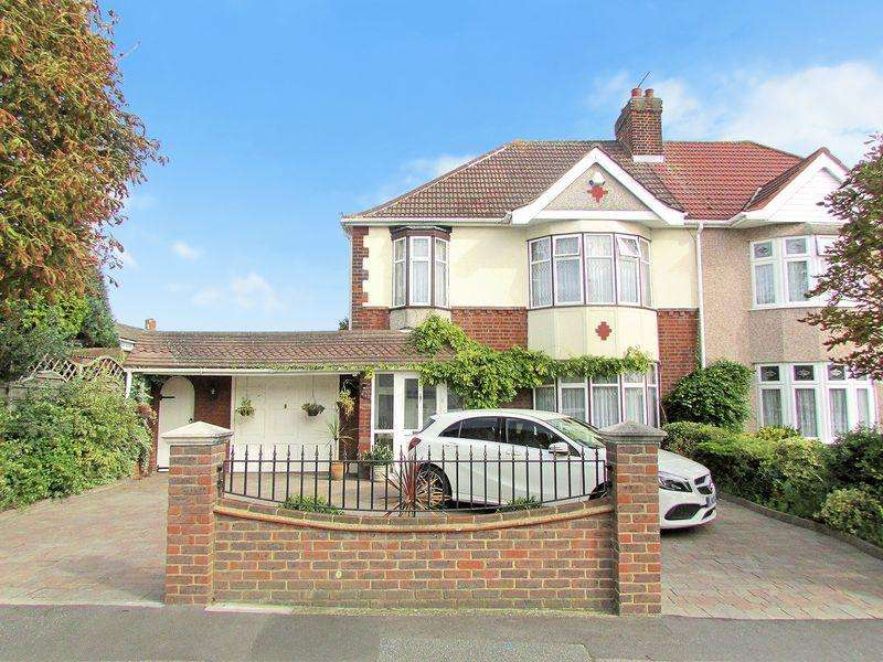 3 Bedrooms Semi Detached House for sale in Bedonwell Road, Abbey Wood