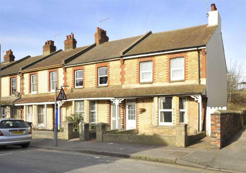 3 Bedrooms Terraced House for rent in Vale Road, Portslade