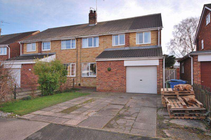 4 Bedrooms Semi Detached House for sale in Highfield Road, Beverley