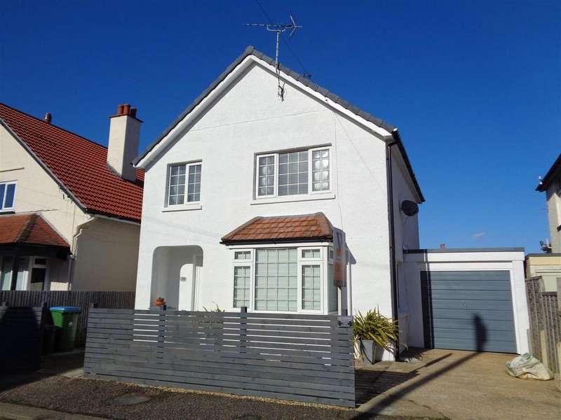 3 Bedrooms Detached House for sale in Tennyson Road, Bognor Regis