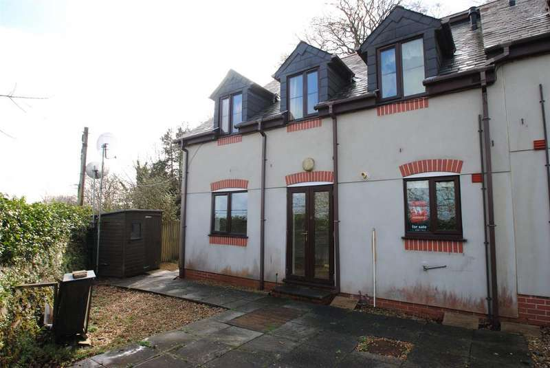 2 Bedrooms Apartment Flat for sale in Prouts Mews, Okehampton Road