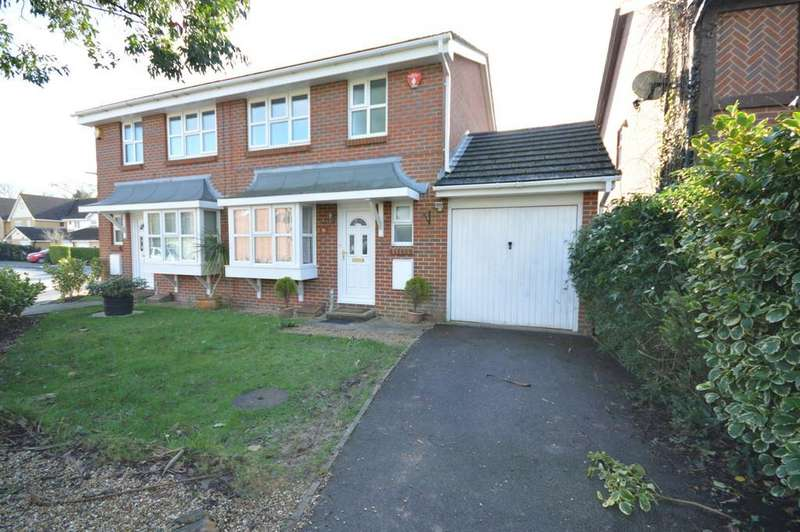 3 Bedrooms Semi Detached House for sale in Doe Copse Way, New Milton