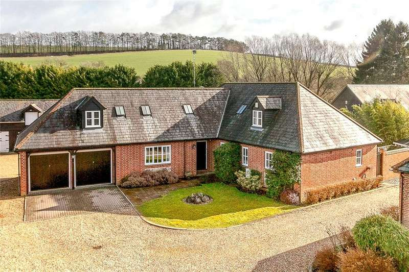 4 Bedrooms Detached House for sale in Manor Courtyard, Ogbourne Maizey, Marlborough, Wiltshire, SN8