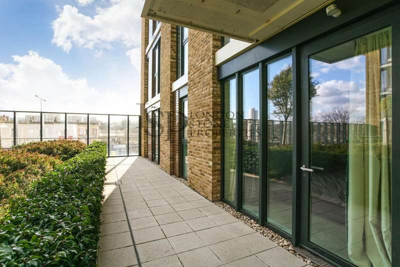 3 Bedrooms Ground Flat for rent in Compton House, Victory Parade, Royal Arsenal Riverside, SE18