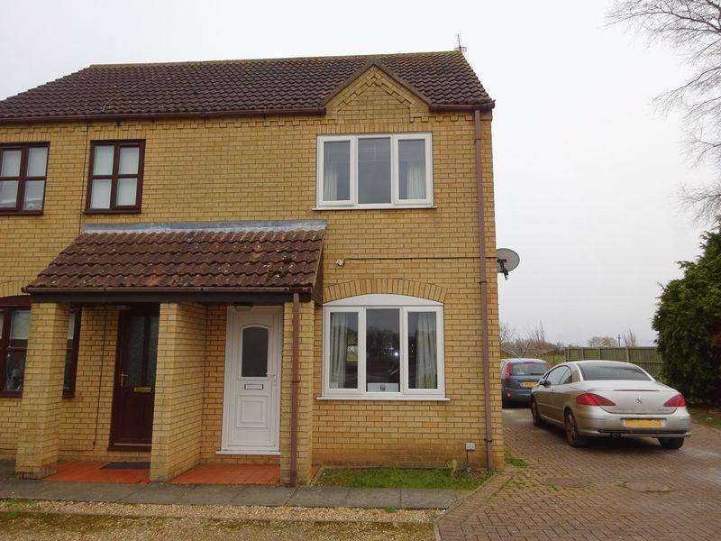 2 Bedrooms Semi Detached House for rent in Johnson Way, Burgh le Marsh