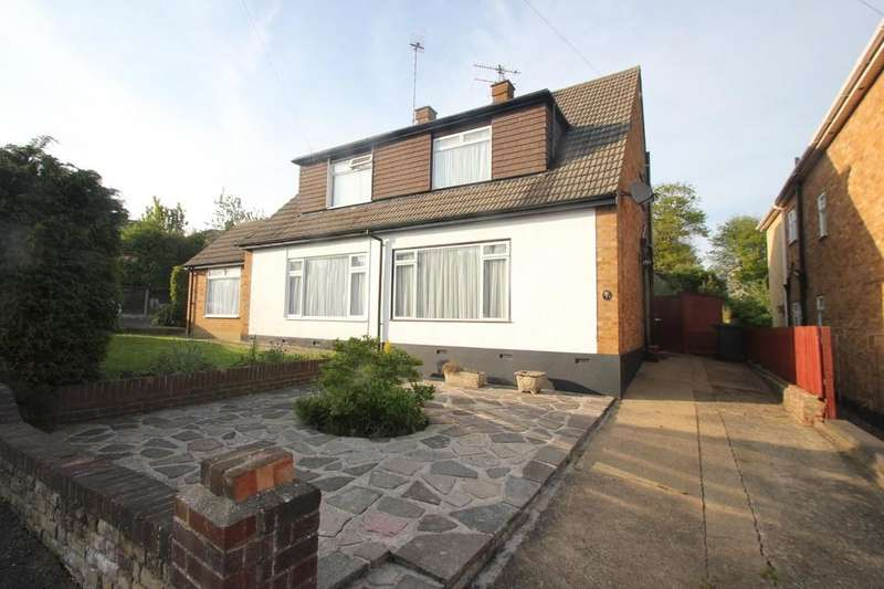 3 Bedrooms Semi Detached House for sale in Uplands Road, Hockley