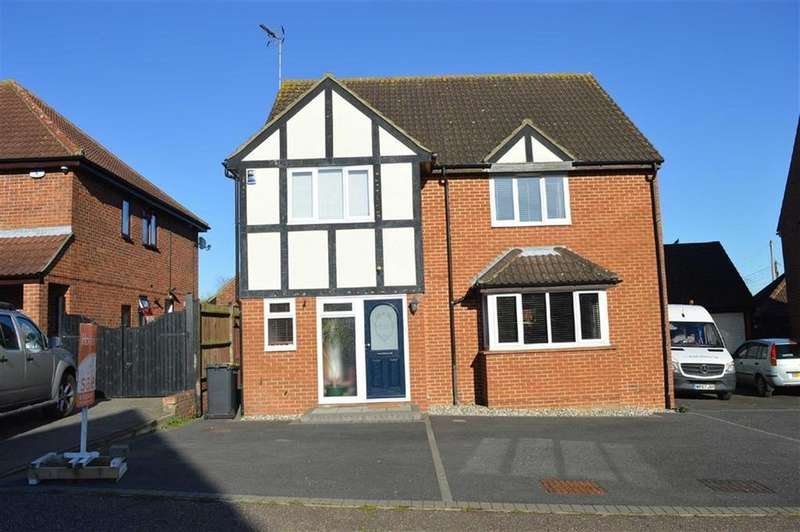 4 Bedrooms Detached House for sale in Rectory Avenue, Ashingdon, Essex