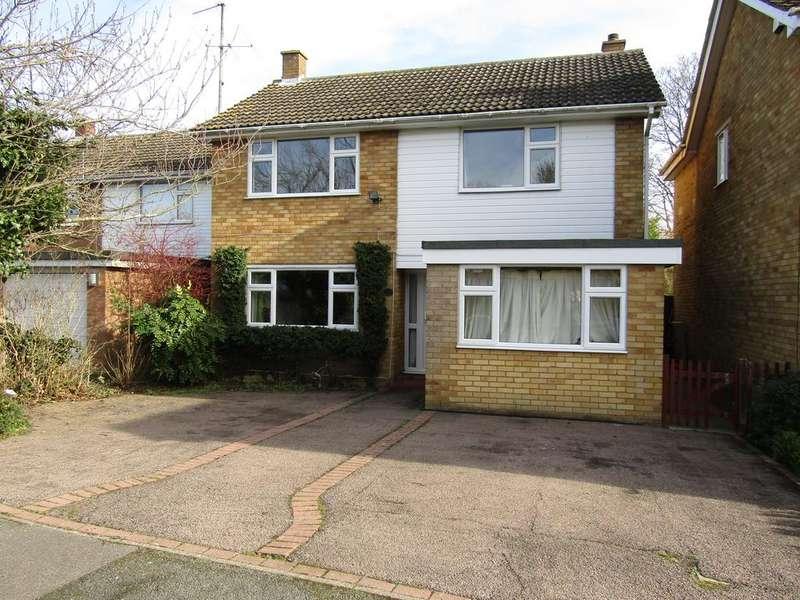 3 Bedrooms Detached House for sale in Hazel Grove, Stotfold SG5