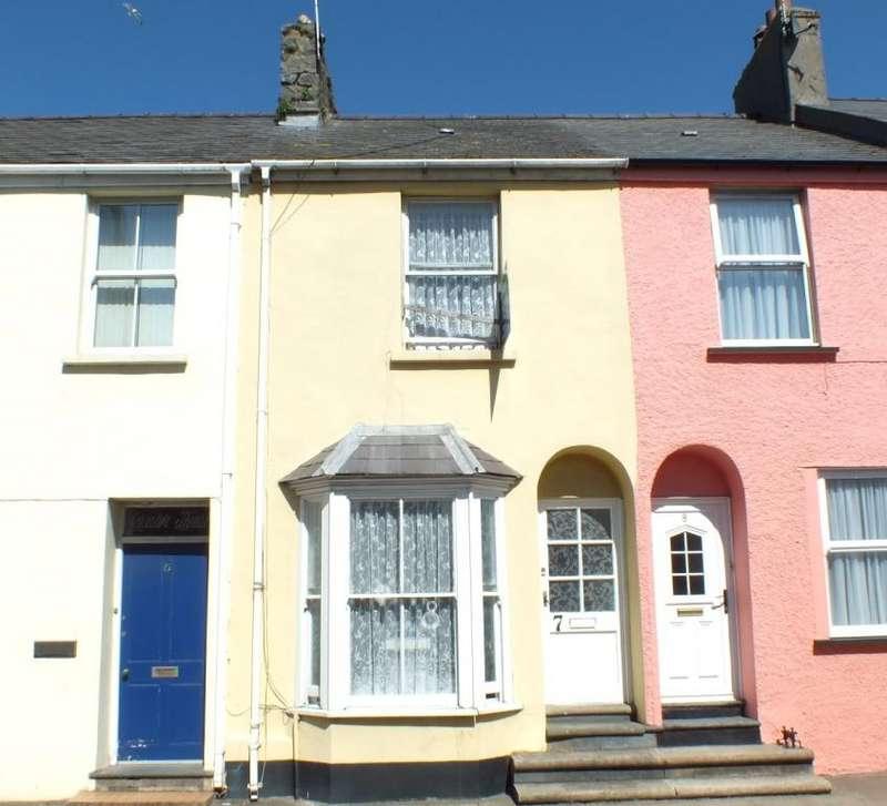 2 Bedrooms Terraced House for sale in Hamilton Terrace, Pembroke, Pembrokeshire