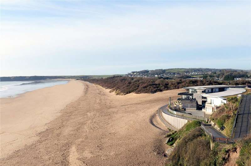 2 Bedrooms Flat for sale in Apartment 12, Waters Edge, Battery Road, Tenby