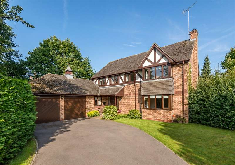4 Bedrooms Detached House for sale in Brampton Chase, Shiplake, Oxfordshire, RG9