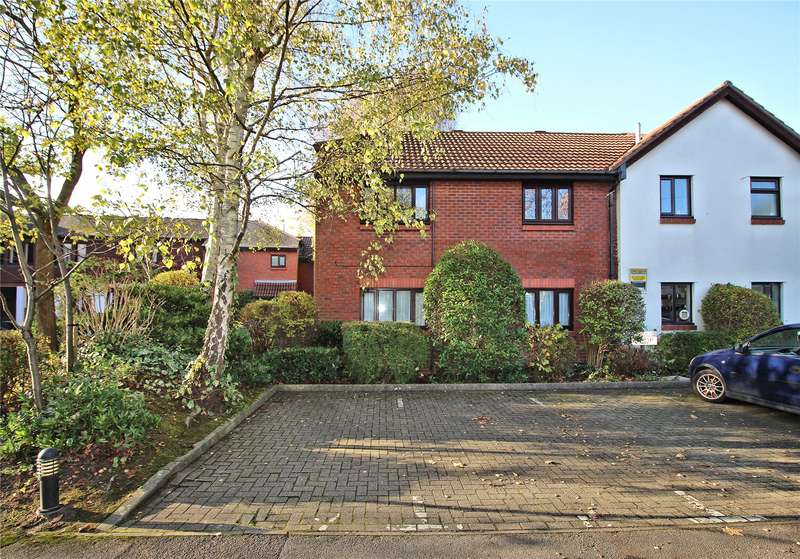 1 Bedroom Apartment Flat for sale in St Johns Mews, St Johns, Woking, Surrey, GU21