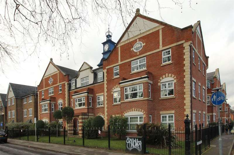 2 Bedrooms Apartment Flat for sale in The Clock Tower, Kings Road, Woking, Surrey, GU21