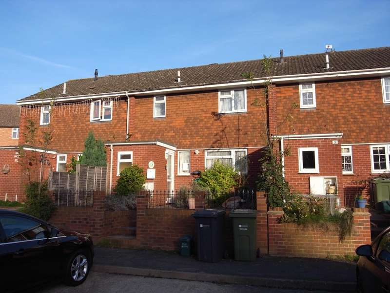 3 Bedrooms Terraced House for sale in Baird Drive, Wood Street Village, Guildford, Surrey, GU3
