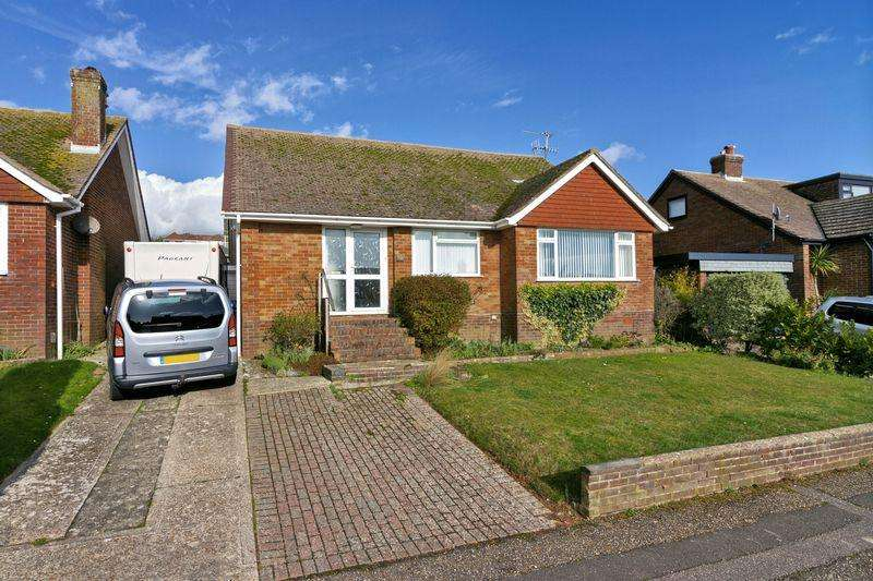 2 Bedrooms Bungalow for sale in Heyshott Close, Lancing