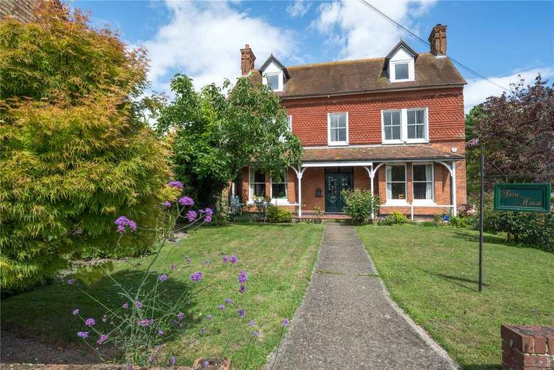 8 Bedrooms Detached House for sale in Canterbury Road, Sarre, Birchington, Kent