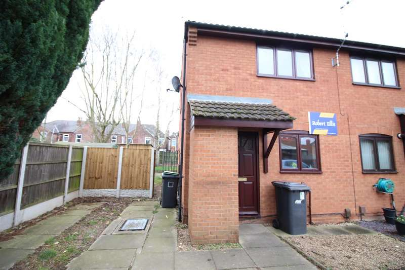 2 Bedrooms Town House for sale in Warren Avenue, Stapleford, Nottingham