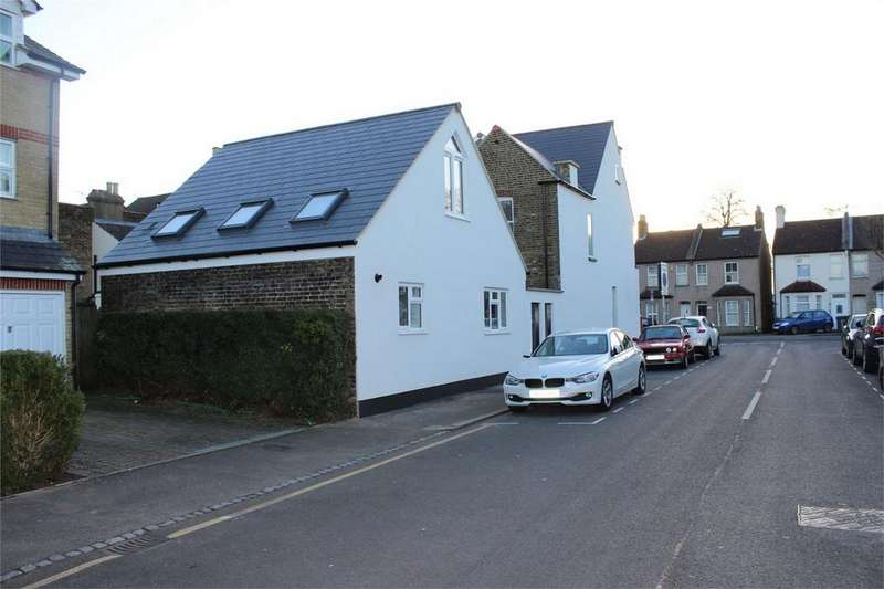 1 Bedroom Detached House for sale in Fashoda Road, Bromley, Kent