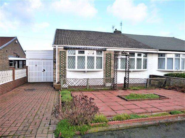 2 Bedrooms Semi Detached Bungalow for sale in MAYFIELD GROVE, HASTINGS HILL, SUNDERLAND SOUTH