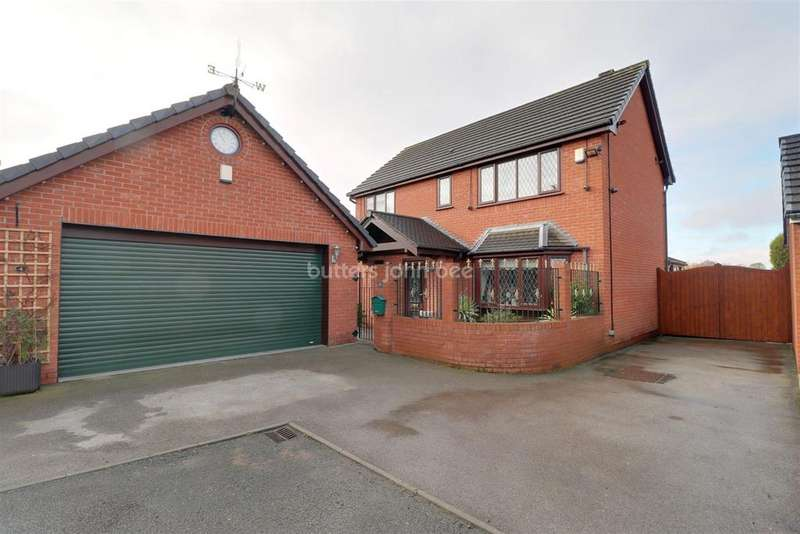 4 Bedrooms Detached House for sale in Pump Court, Bignall End