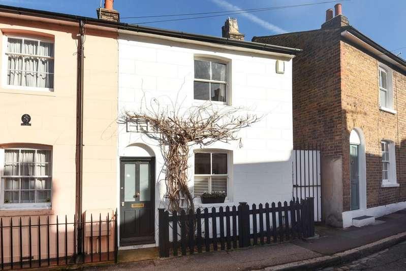 1 Bedroom Cottage House for sale in Royal Hill London SE10