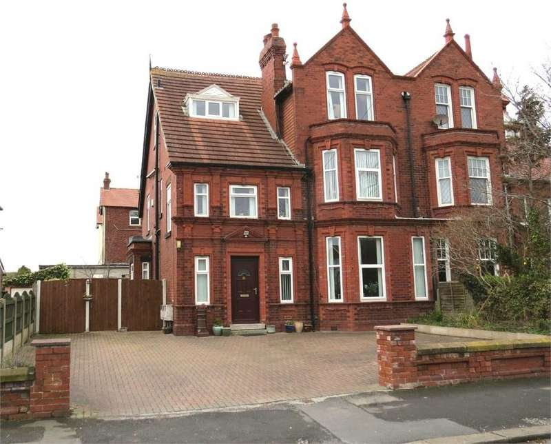 6 Bedrooms Semi Detached House for sale in Lake Road, Fairhaven, Lancashire