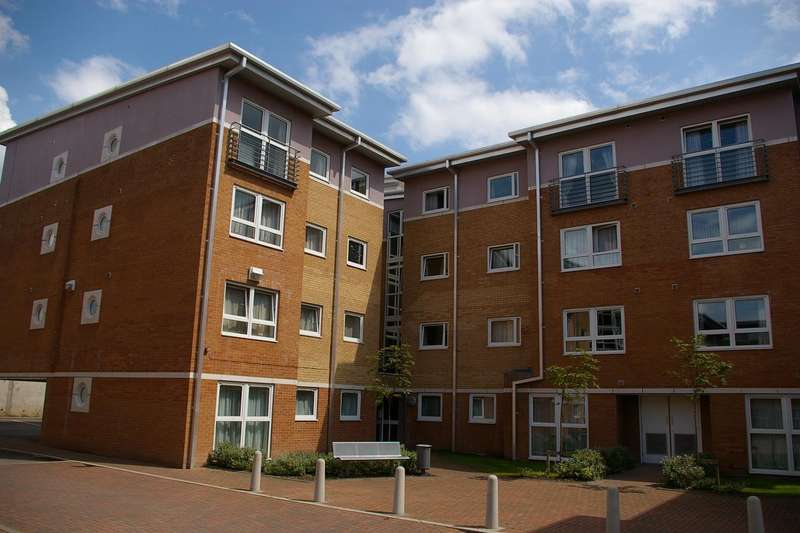 2 Bedrooms Apartment Flat for sale in Crown Station Place, Liverpool, Merseyside, L7