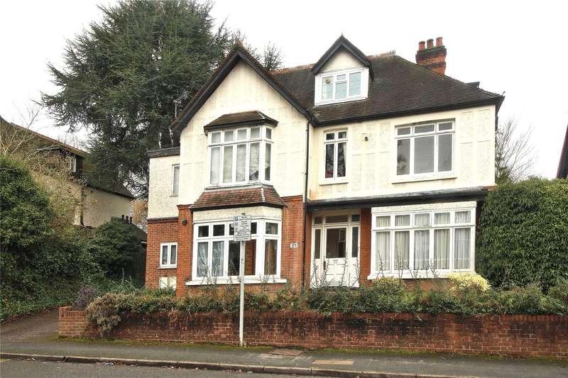 1 Bedroom Apartment Flat for sale in York Road, Woking, Surrey, GU22