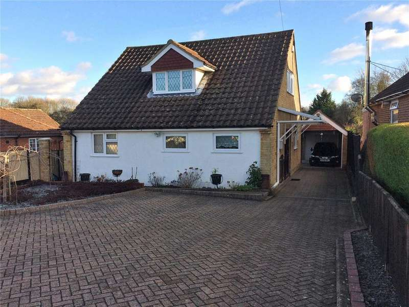 3 Bedrooms Detached House for sale in Buckskin Lane, Kempshott, Basingstoke, RG22