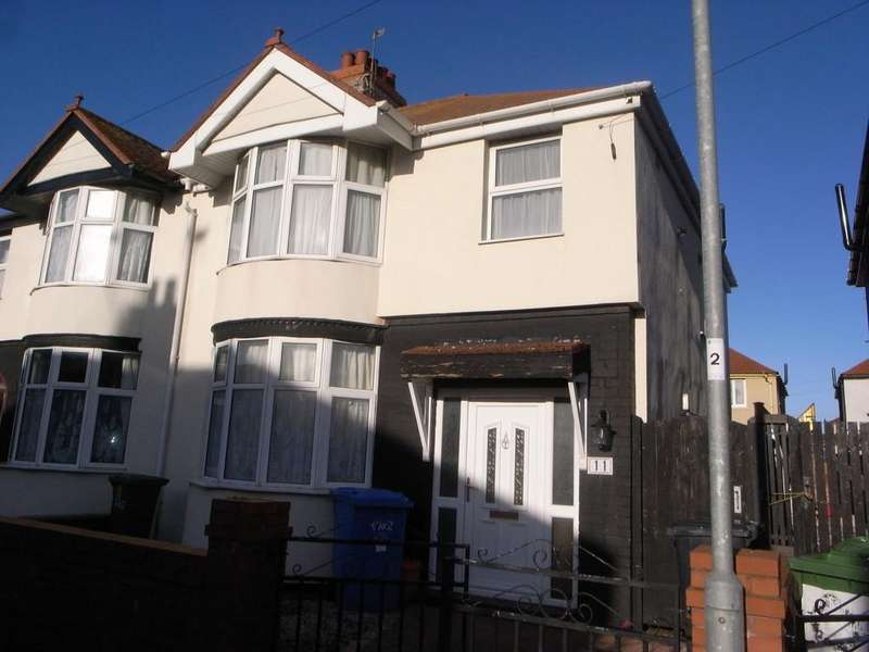 3 Bedrooms Semi Detached House for rent in Barry Road North, Rhyl