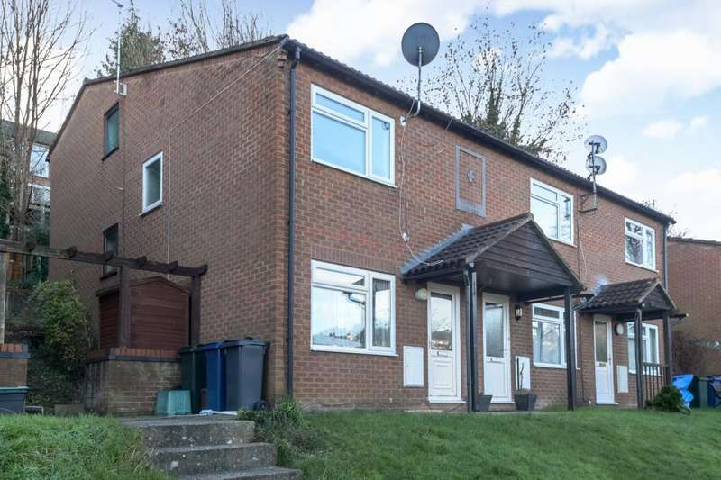 1 Bedroom House for sale in High Wycombe, Buckinghamshire, HP12