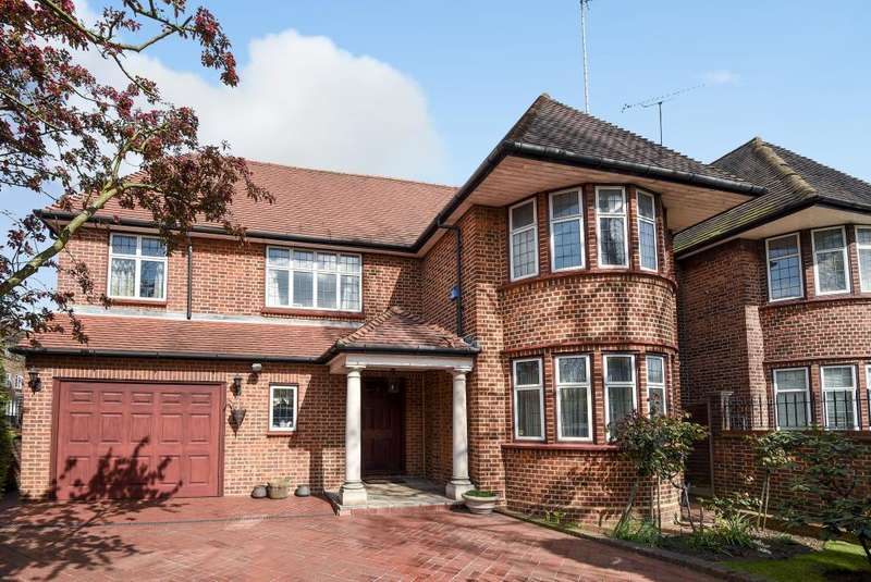 4 Bedrooms Detached House for sale in Gloucester Drive, London, NW11, NW11