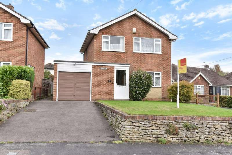 3 Bedrooms Detached House for sale in Limmer Lane, High Wycombe, HP12