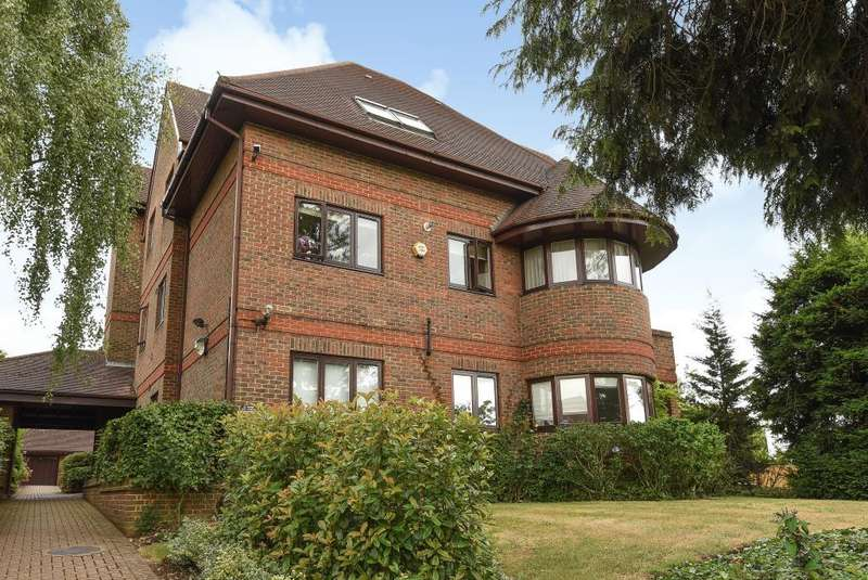 3 Bedrooms Flat for sale in Ibis Court, Hendon Lane N3, N3